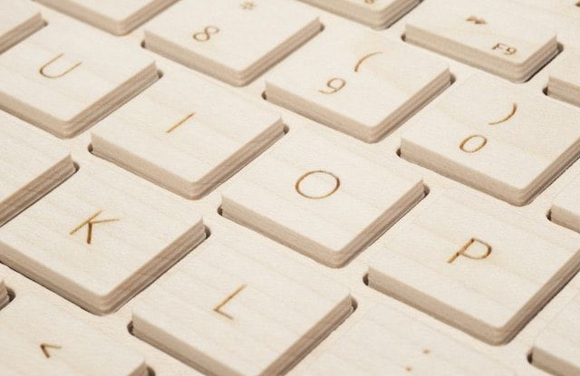 Oree - беспроводная клавиатура из цельного куска дерева для Мас и iPad