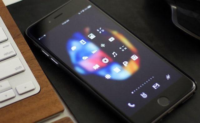 Лучшие Winterboard темы для iPhone 6