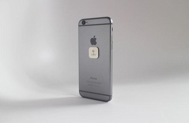 Neutron Mounts iPhone