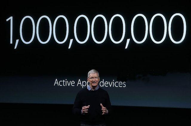 Тим Кук на презентации Apple