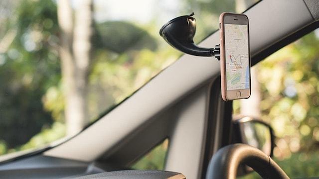 Auris Magsnap - магнитные держатели и кожаные чехлы для iPhone 6s / 6s Plus