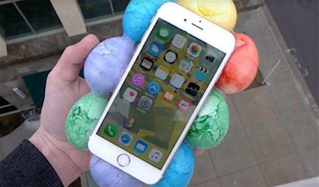 Видео от TechRax: Дроп-тест iPhone 6s в чехле из яиц