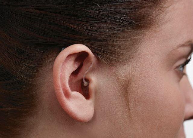 Миниатюрный слуховой аппарат