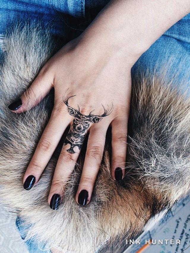 программа для iPhone позволит «примерять» на себя любую татуировку