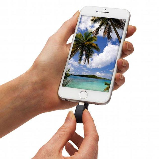iXpand Flash Drive - флешка для iPhone и iPad с интерфейсом Lightning и USB