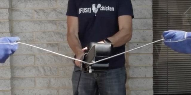 Titan - сверхпрочный Lightning-кабель для iPhone и iPad