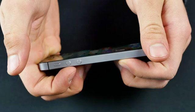 Легко ли гнется iPhone SE