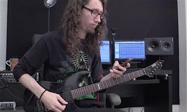 Гитарист представил стандартный рингтон iPhone