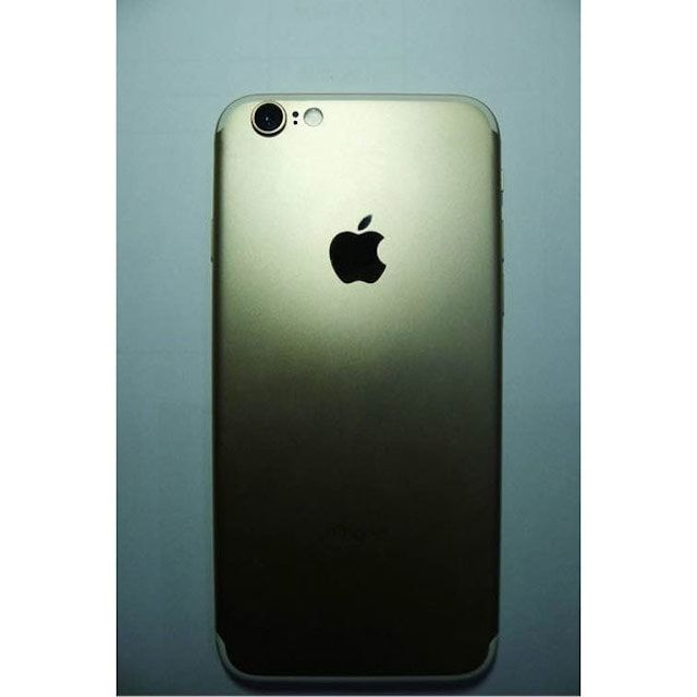 фото смартфона iPhone 7