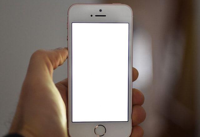 Retina Flash в iPhone SE