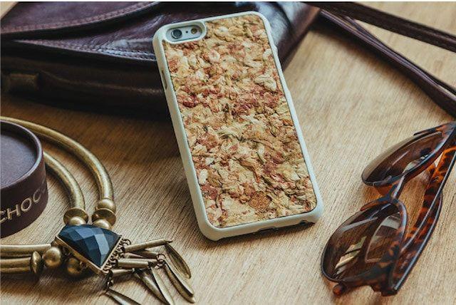 Organika Cases - чехлы для iPhone из кофейных зерен, сена, лепестков роз
