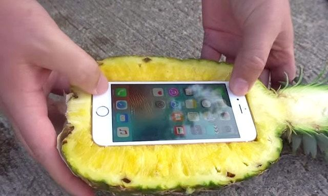 Чехол из ананаса для iPhone