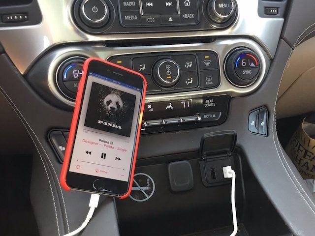 Подключение iPhone к CarPlay