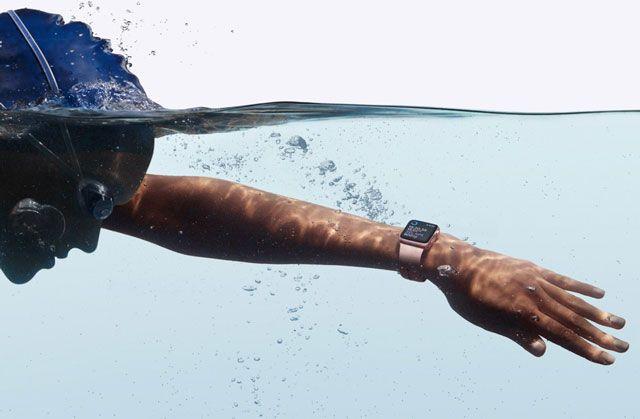 Apple Watch Series 2 - второе поколение смарт-часов из Купертино
