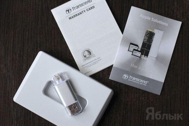 USB-флешка с разъемом Lightning Transcend JetDrive Go 300