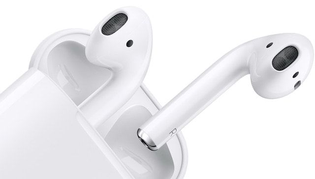 AirPods - первые беспроводные наушники от Apple