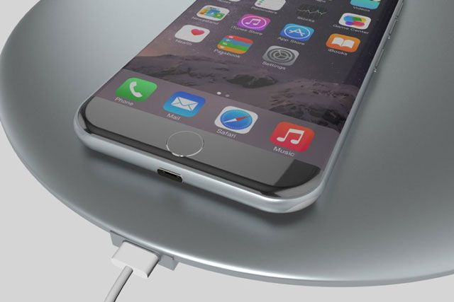 Apple работает над беспроводной зарядкой для iPhone 7s
