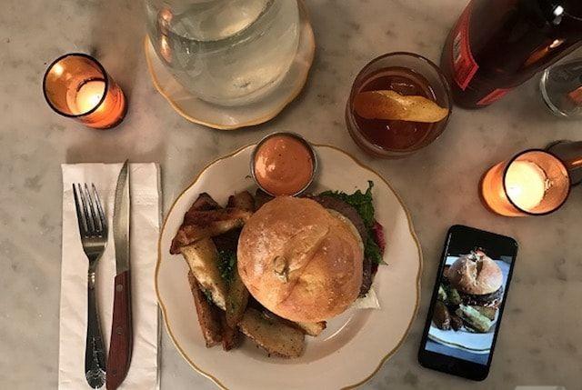 Как снимает камера iPhone 2G в сравнении с iPhone 7 Plus