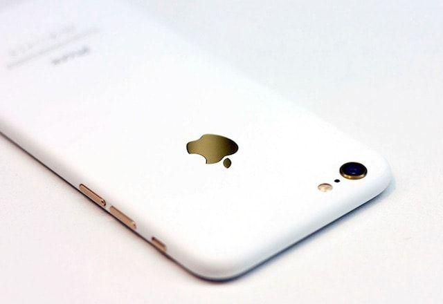Необычный iPhone 7 в цвете «матовый белый»