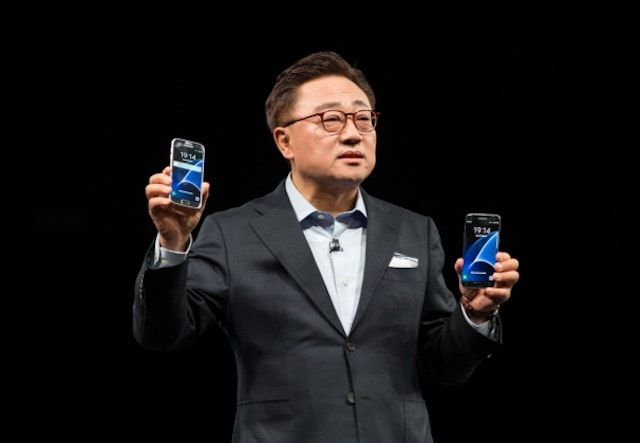 Ди Джей Кох Samsung