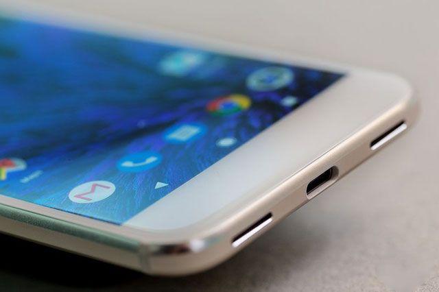 Чем Google Pixel отличается от Pixel XL?