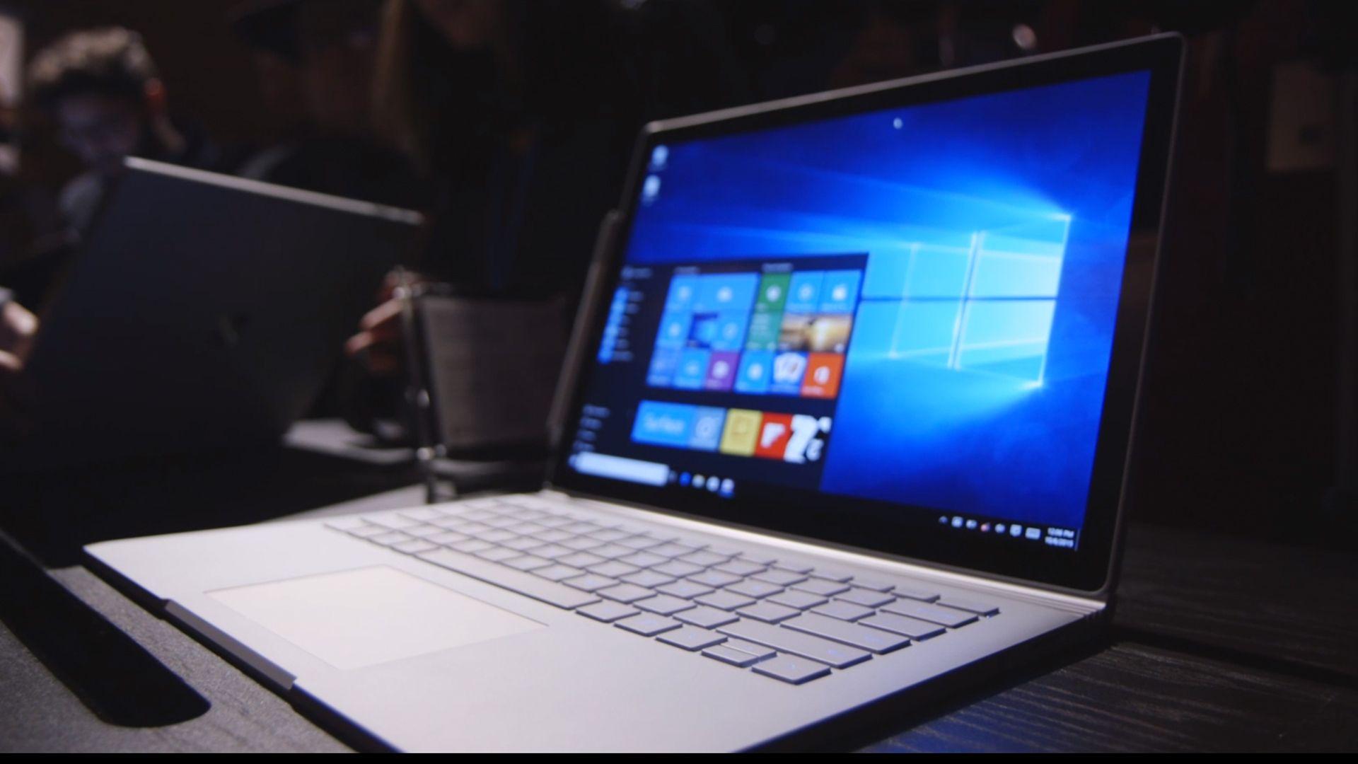Сравнение Microsoft Surface Book и нового MacBook Pro. Что лучше?