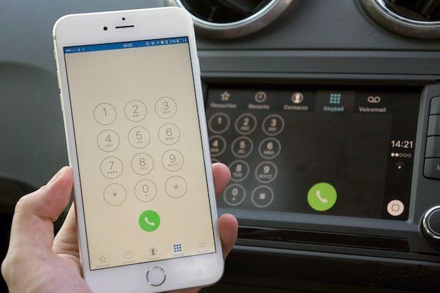 iPhone во время вождения