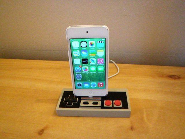 Док-станция NES для iPhone