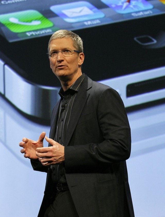 Тим Кук iPhone 4S