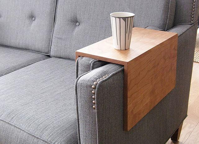 Стол для подлокотника дивана