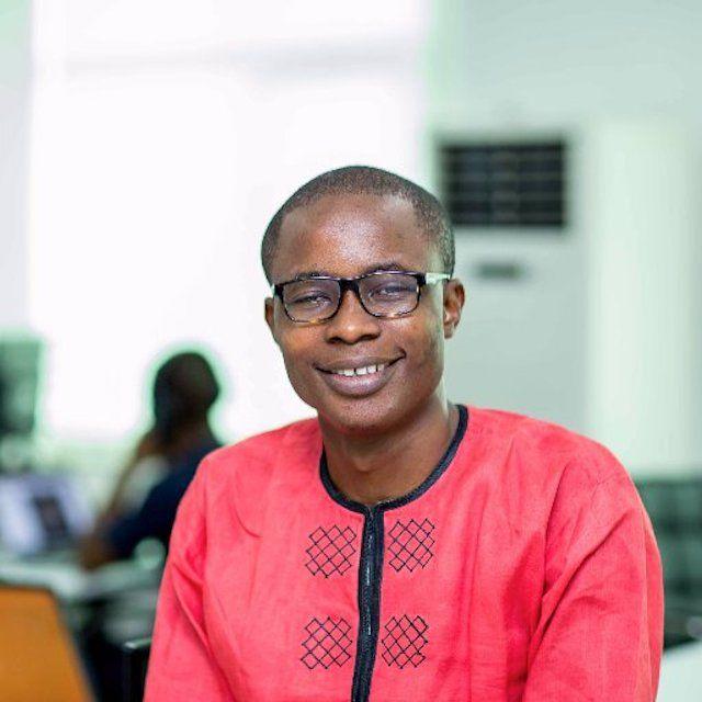 Нигерийский программист