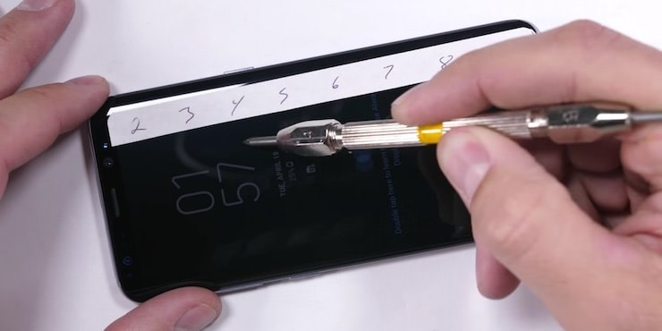 Samsung Galaxy S8: водонепроницаемость, ударопрочность и устойчивость к царапинам