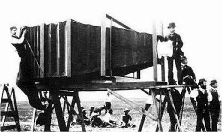 первая фотокамера