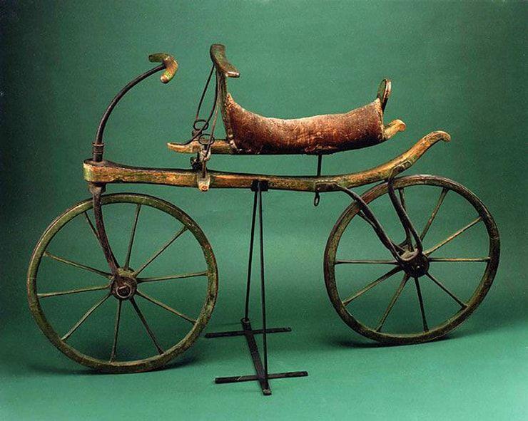 Фото велосипедов 200 лет назад и в наше время