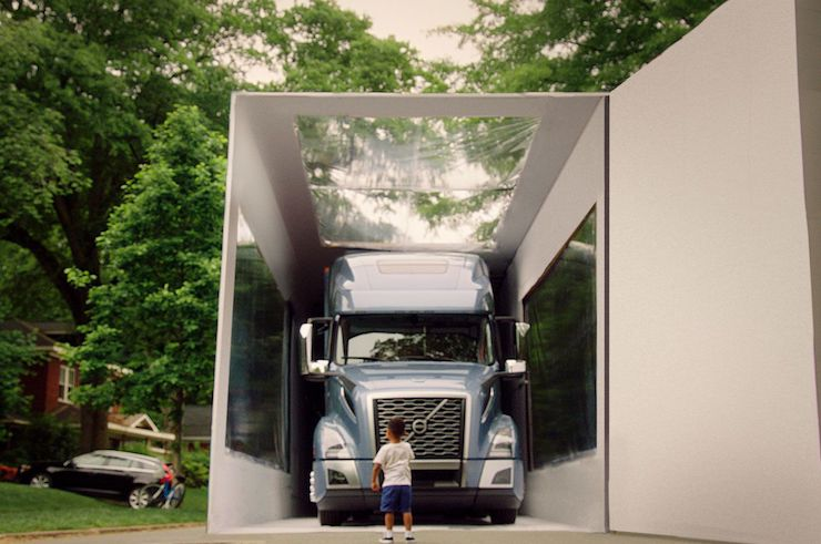 Распаковка Volvo