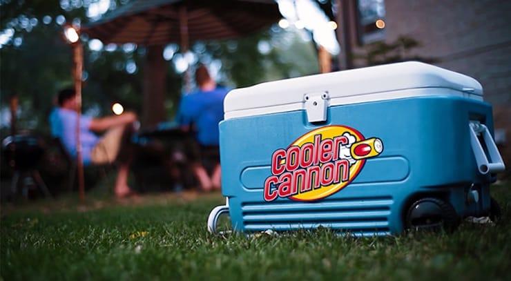Cooler Cannon - стреляющий пивом холодильник для iPhone