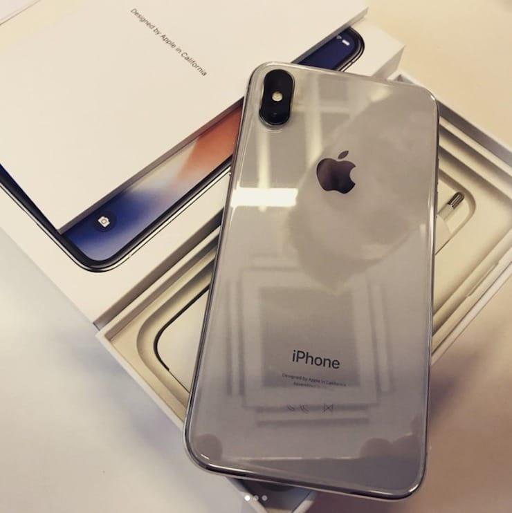 Как выглядит коробка (упаковка) iPhone X