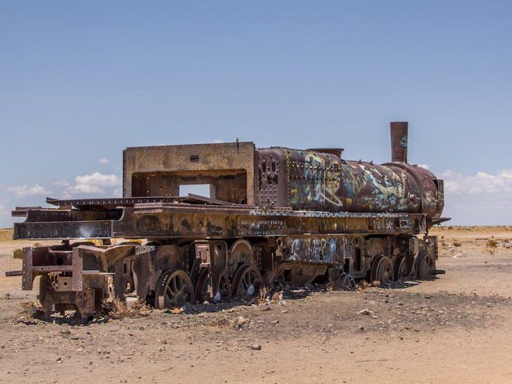 Кладбище поездов (Уюни, Боливия)