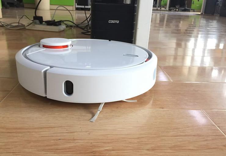 Пылесос Mi Robot