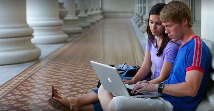 Apple студенты