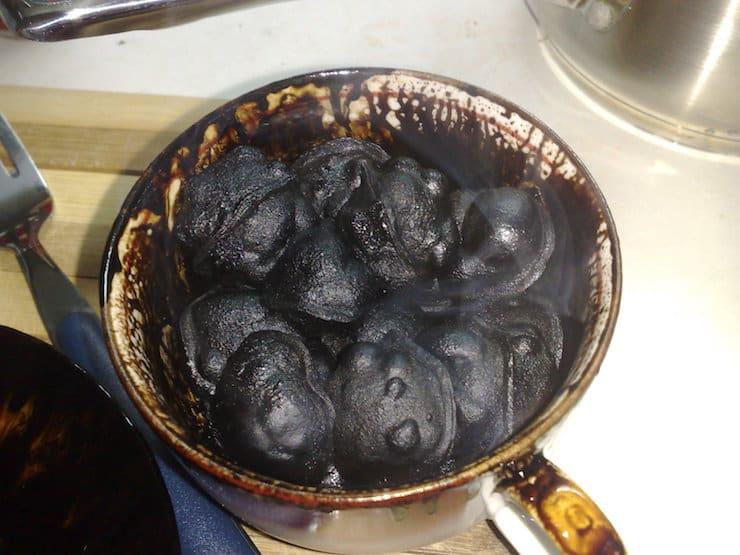 Сгоревшая еда