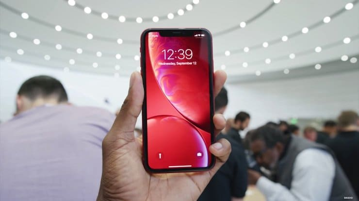 Product(RED)«красный» iPhone XR