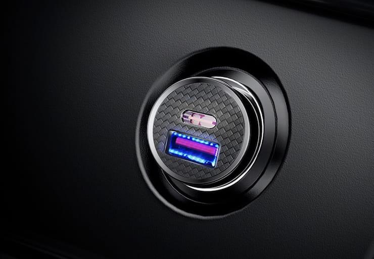 Автомобильное зарядное Baseus (Quick Charge,USB + USB Type-C, светодиодная подсветка)