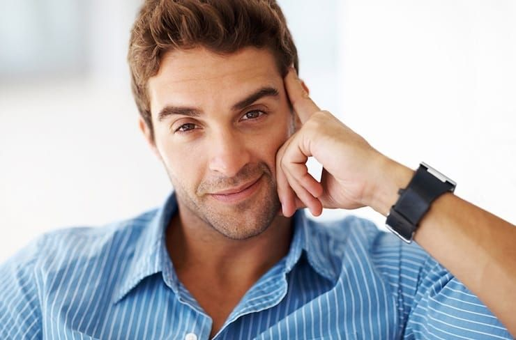 Мужчина красивая улыбка