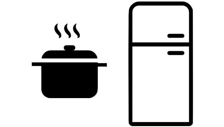 Почему нельзя ставить горячее в холодильник?