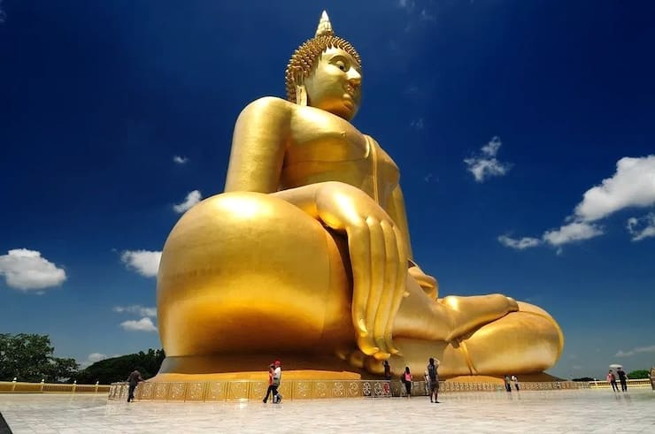 Статуя Будды в Ангтхонге, 92 метра, Таиланд