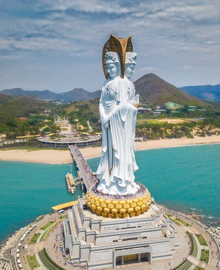 Статуя Гуаньинь в Санье, 80 метров, Китай