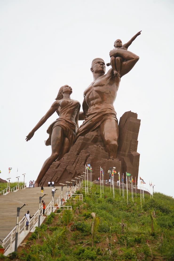 Монумент африканского возрождения, 49 метров, Сенегал