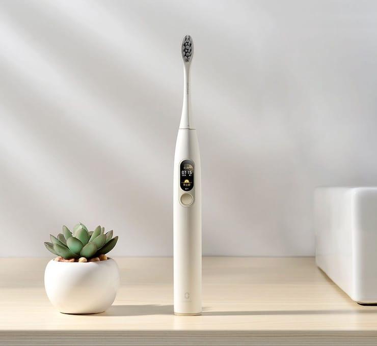 Ультразвуковая зубная щетка Oclean