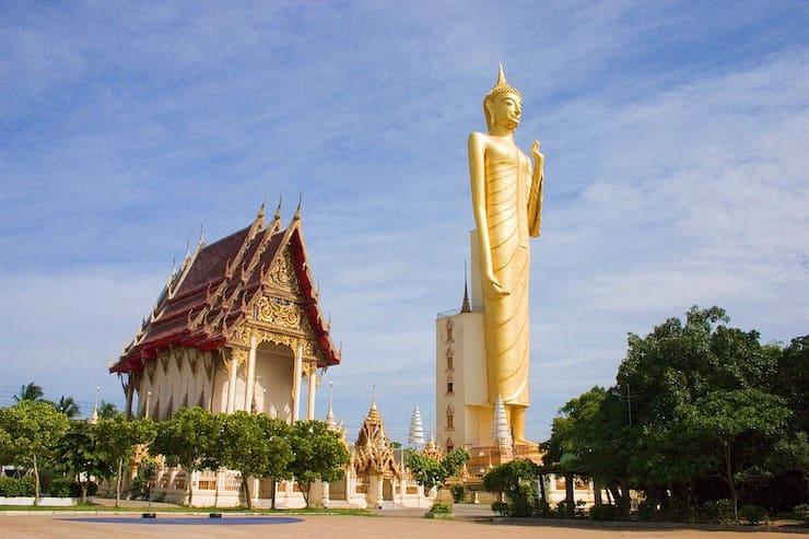 Статуя Будды в Рои Эт, 59 метров, Таиланд